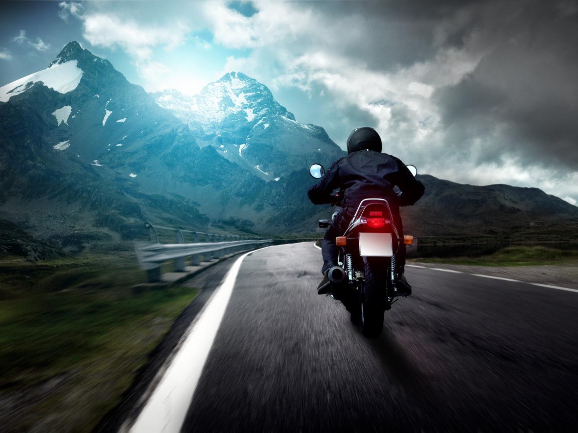 мотоцикл песок дорога дом  № 954724 бесплатно