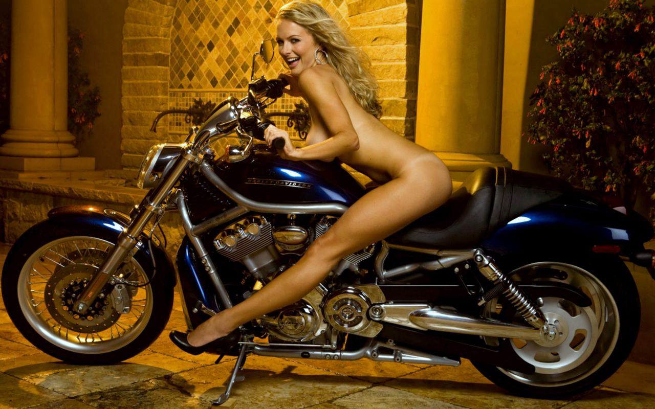 sexy-motorcycles-naked