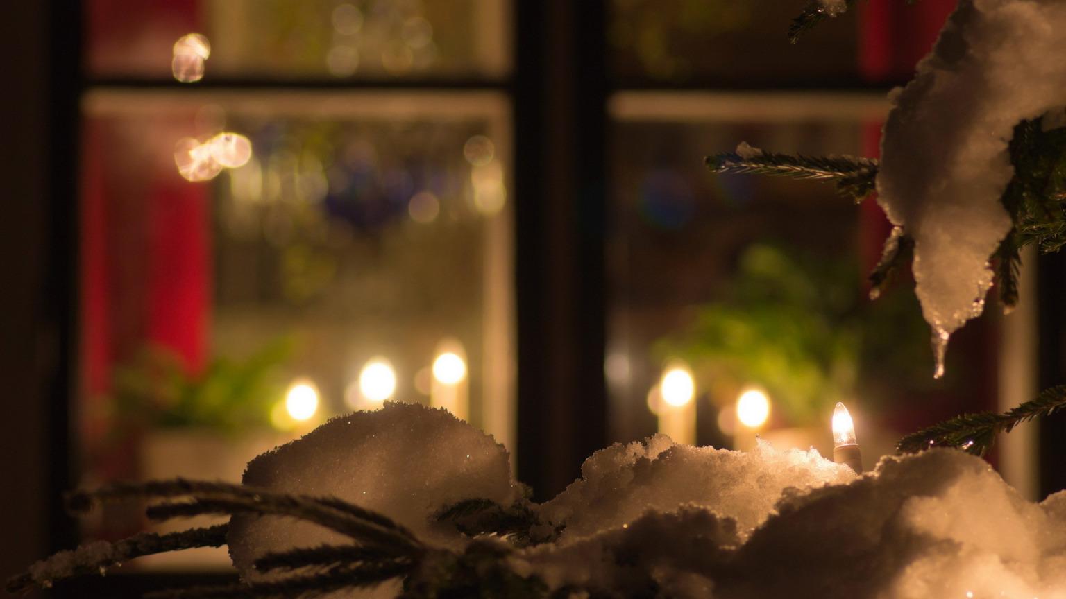 Скачать обои зима, окно, настроение, праздник, раздел праздн.