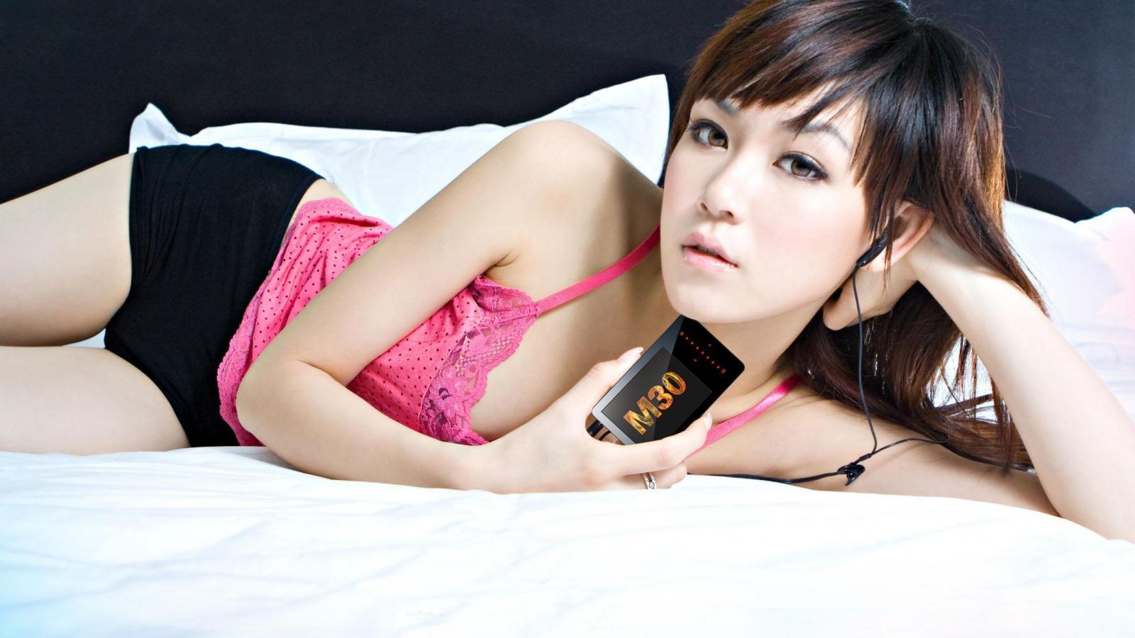 молоденькие девушки мастурбируют онлайн-хв5