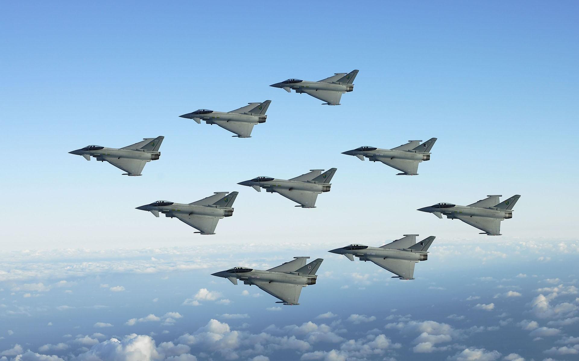 фото истребителей россии в небе салат айсберг