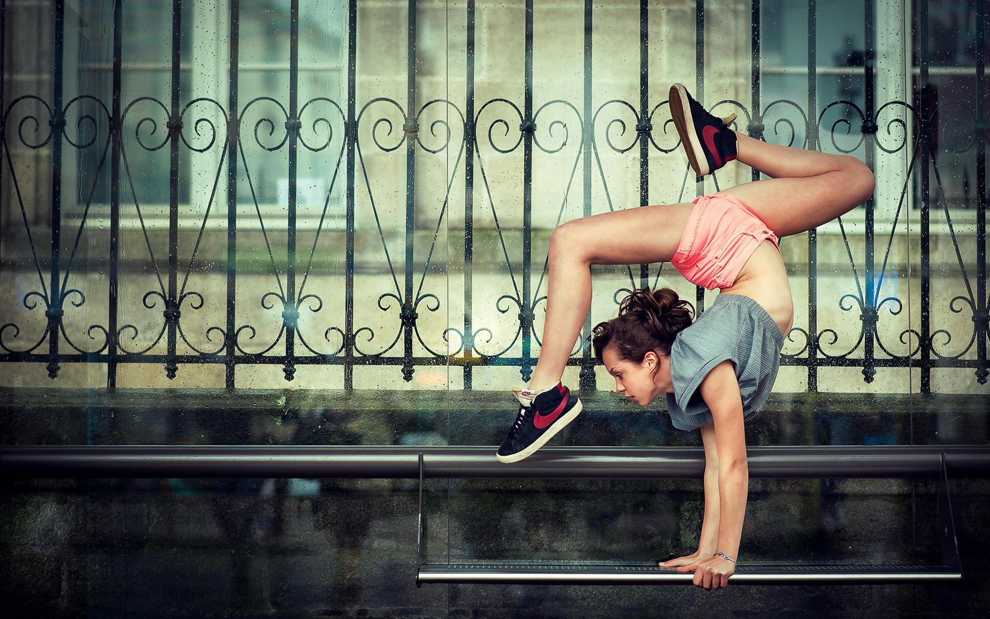 Фото девушек в стойке мостик, Фото подборка эротики как голые девушки делают мостик 15 фотография