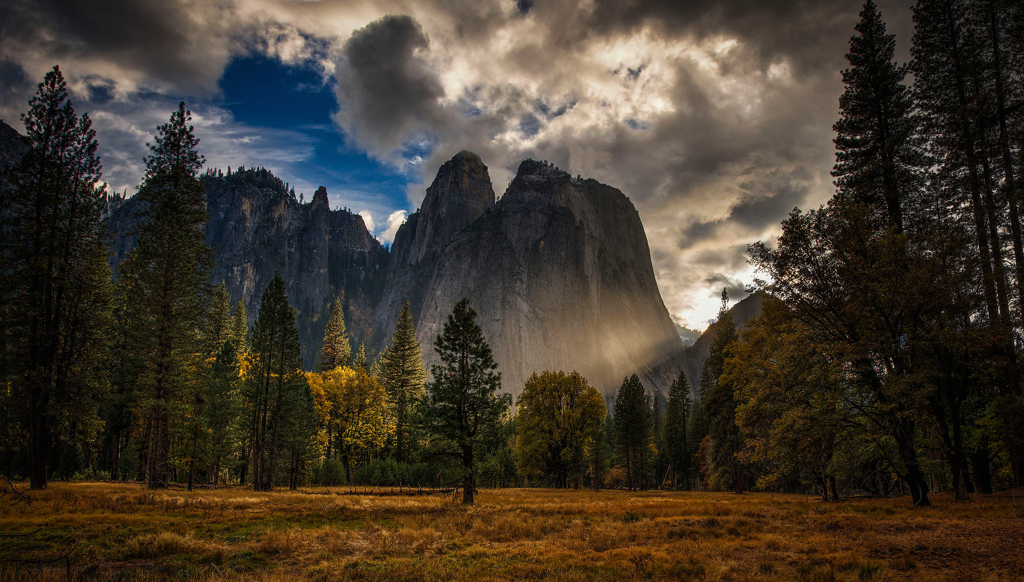 природа горы деревья скалы небо nature mountains trees rock the sky  № 379345 без смс