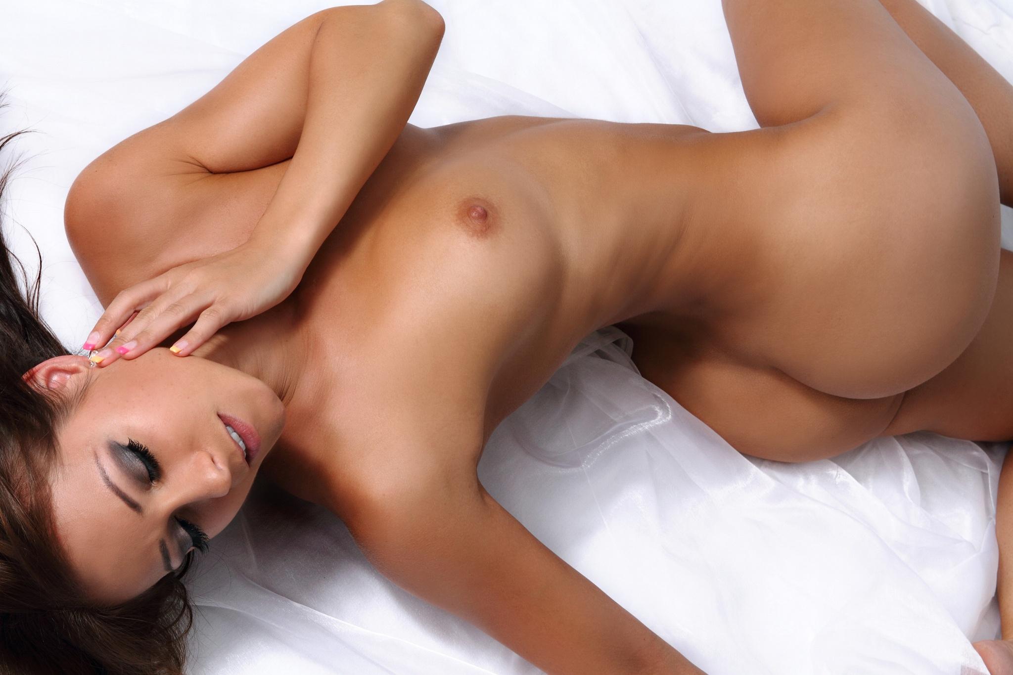 Эротика с красавица, Порно Красивый секс -видео. Смотреть порно онлайн! 21 фотография