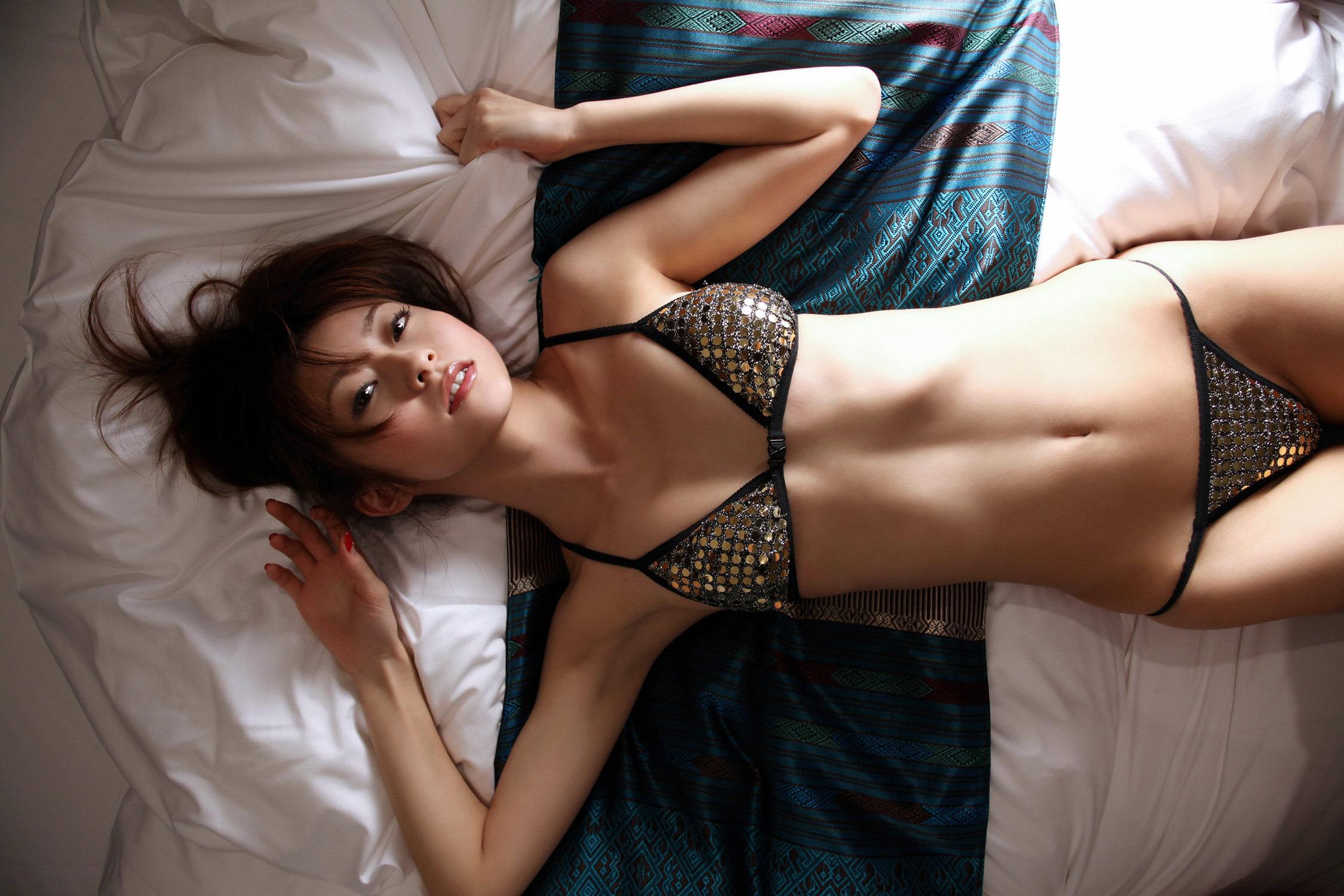 Частные фото девушки в сексуальном белье, Голые в нижнем белье на фото - полу обнаженные 9 фотография