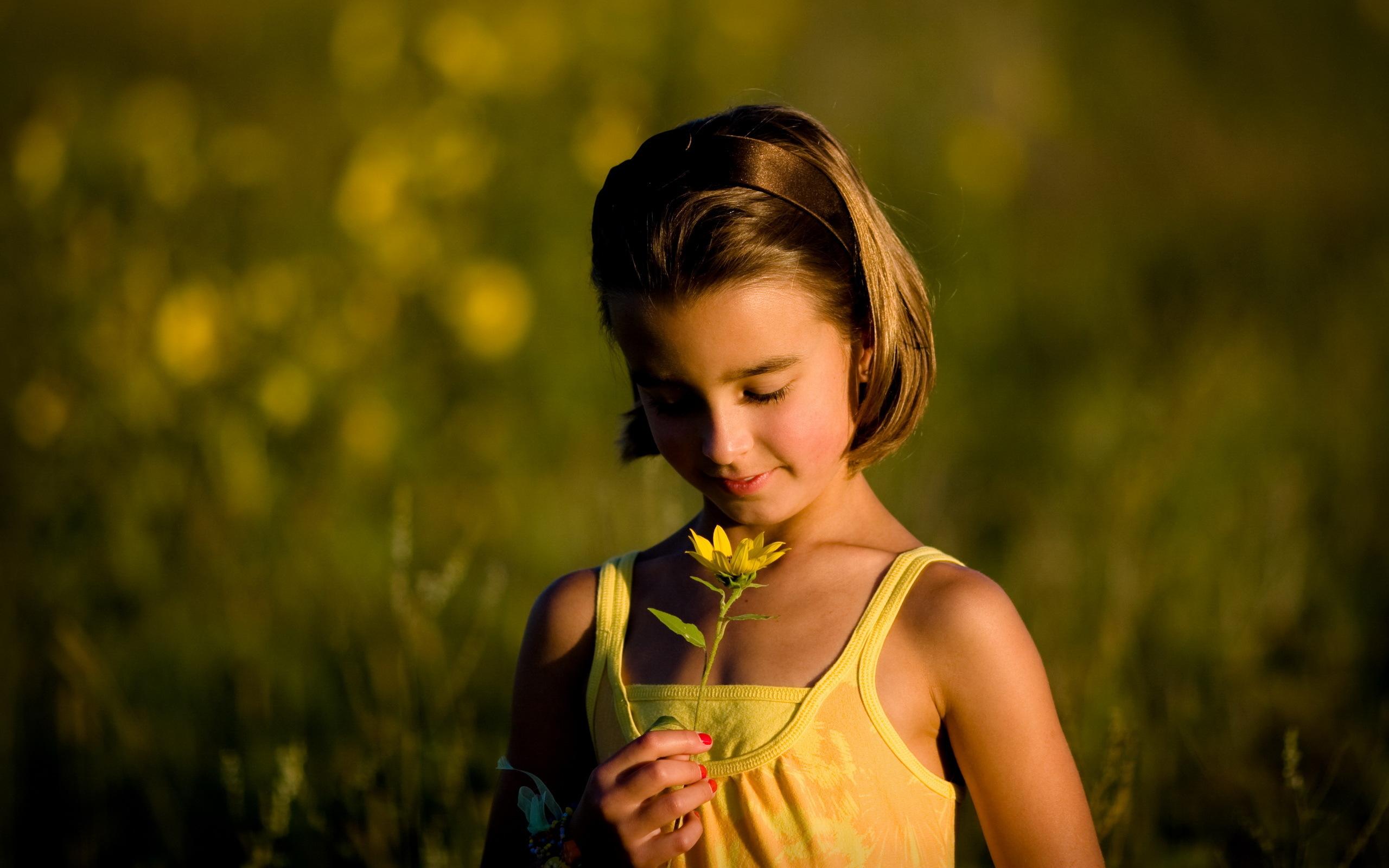 ребенок девочка  № 3563295 бесплатно