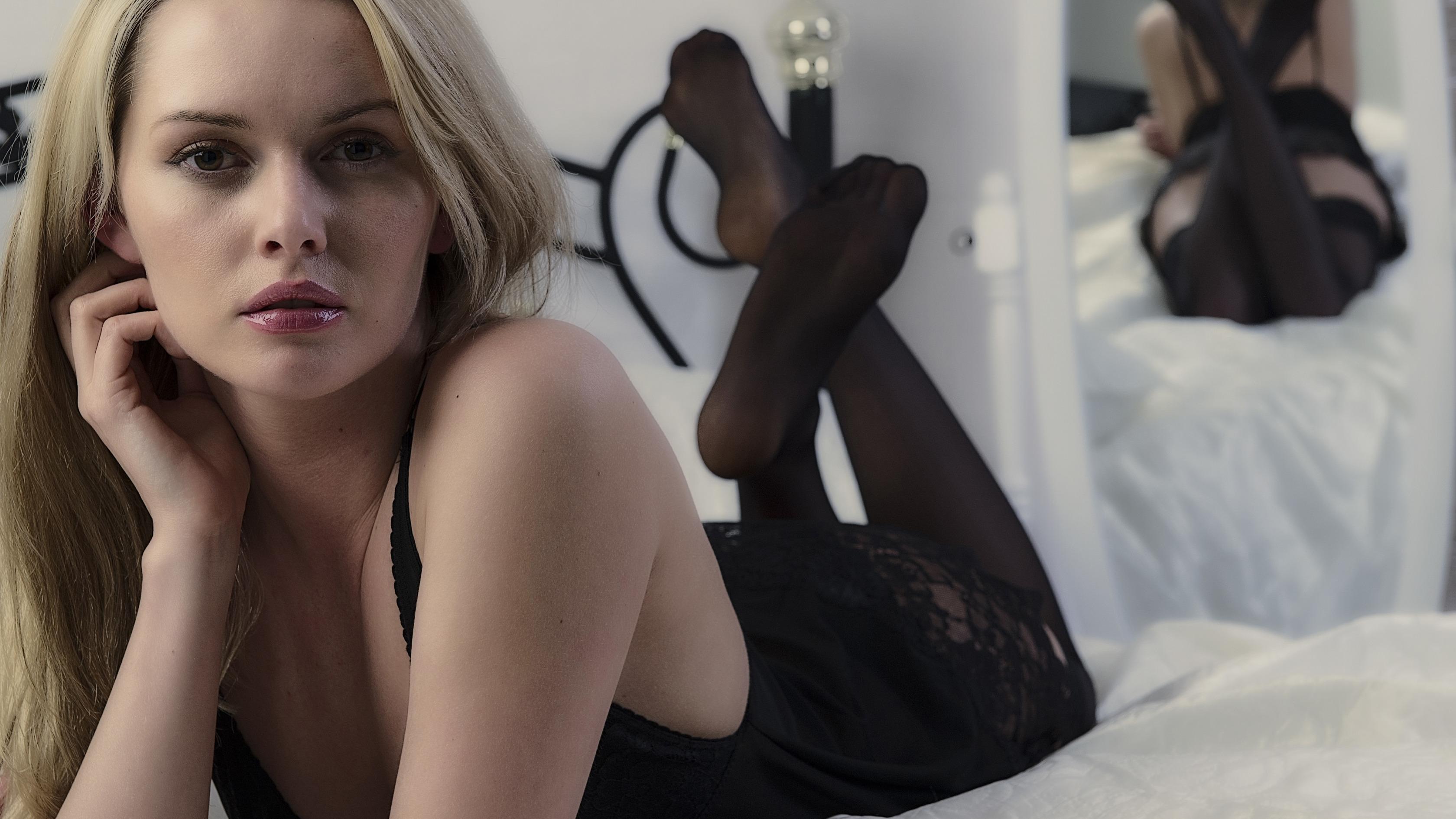 Секс у молоденькой с черным, Молоденькие порно, юные порно, секс 18 фотография