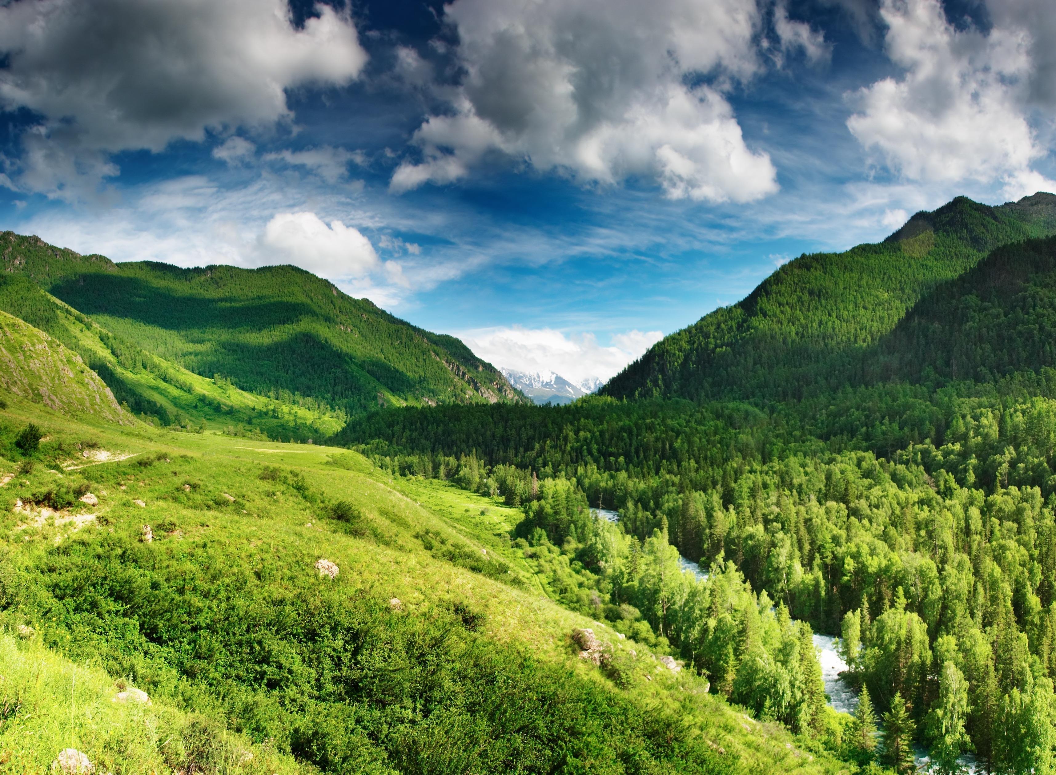 природа горы небо облака деревья река  № 2577972  скачать