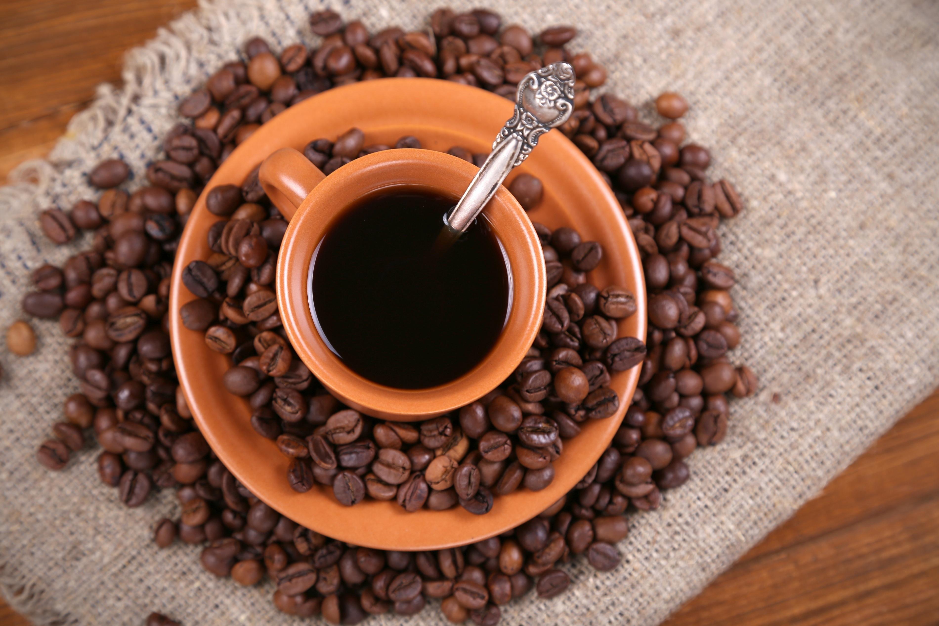 Кофе зерна чашка  № 2172423 без смс