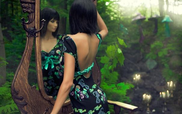 Фото обои модель, Девушка, свечи, зеркало, брюнетка
