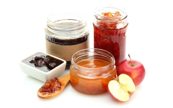 Фото обои яблоко, ложка, банки, сладкое, варенье, клубничное, абрикосовое