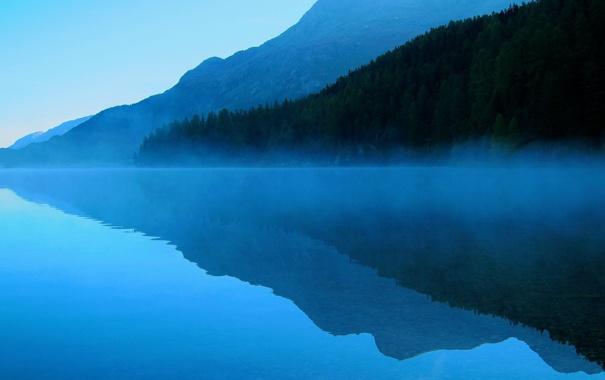 Фото обои лес, деревья, небо, горы, отражение, вечер, озеро
