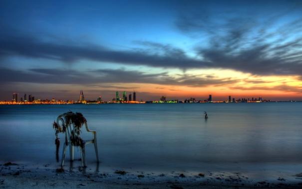 Фото обои закат, город, река, стул