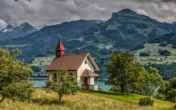 Фото обои Alps, Lake Walensee, озеро Валензе, часовня, деревья, Chapel Vorderbethlis, Switzerland