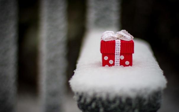 Фото обои зима, белый, снег, красный, фон, подарок, widescreen
