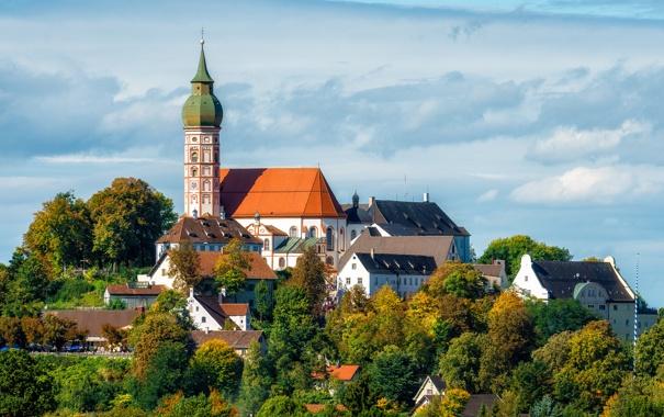 Фото обои деревья, природа, дома, Германия, Мюнхен, купол, монастырь