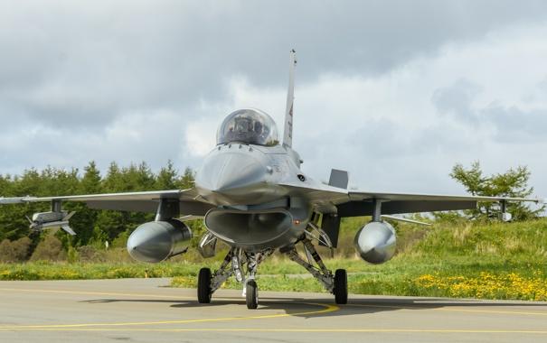Фото обои истребитель, аэродром, Fighting Falcon, многоцелевой, «Файтинг Фалкон», F-16B