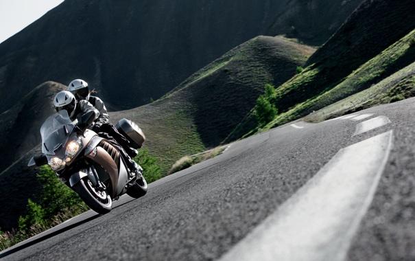 Фото обои дорога, горы, фото, люди, мотоциклы, дороги, Kawasaki