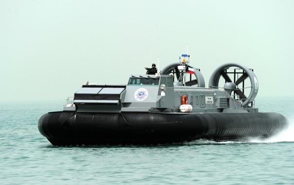 Фото обои корабль, подушке, десантный, на воздушной, Кувейтский, «Sarravah»