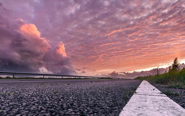 Фото обои дорога, небо, закат