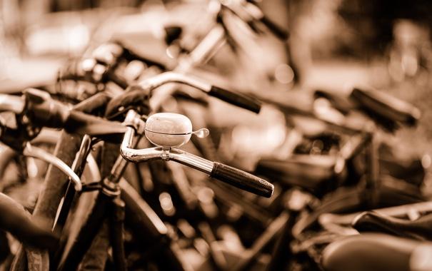 Фото обои город, улица, велосипеды