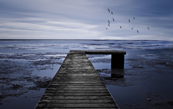 Фото обои море, мост, мрачно