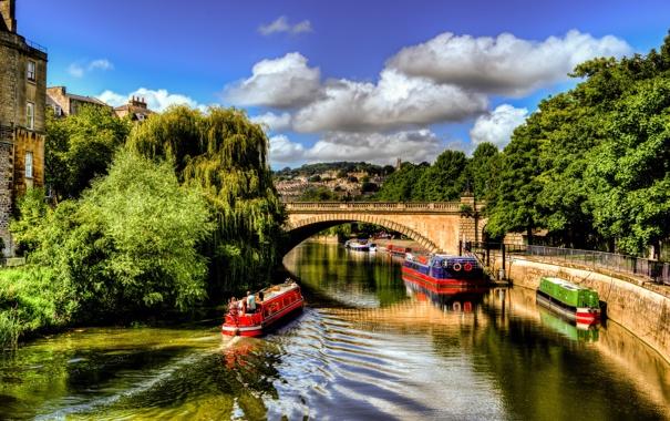 Фото обои небо, облака, деревья, мост, река, люди, англия