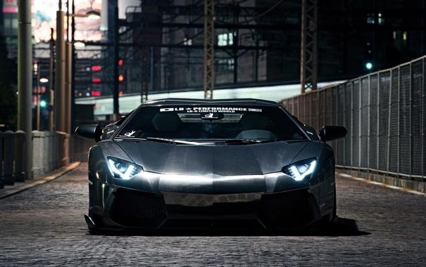 Фото обои авто, Lamborghini, черная, на улице