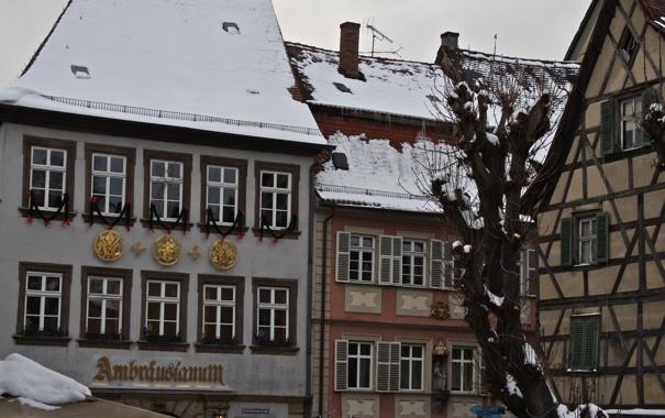 Фото обои зима, город, улица, дома, крыши, германия