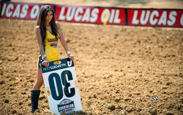 Фото обои девушка, girl, moto, yellow, rockstar, мотогонки, leather boots