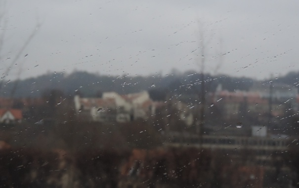 Фото обои капли, город, дождь