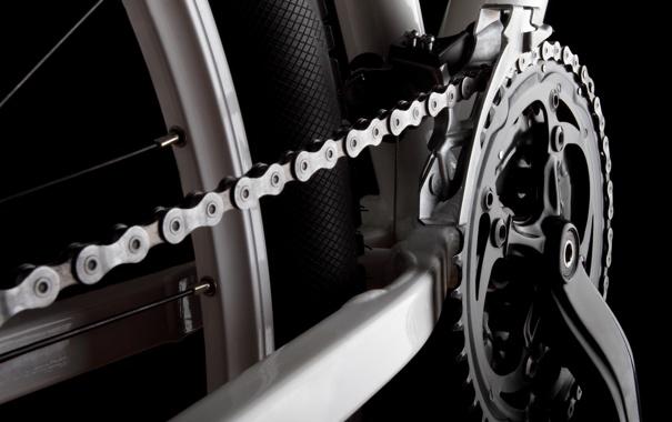 Фото обои metal, bicycle, chains