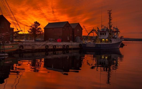 Фото обои закат, лодка, пристань, рыбацкое судно