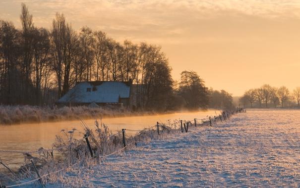 Фото обои поле, снег, забор, утро