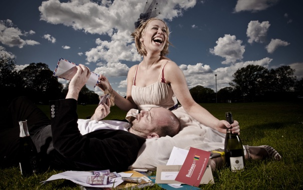 Фото обои smile, wine, man, girl