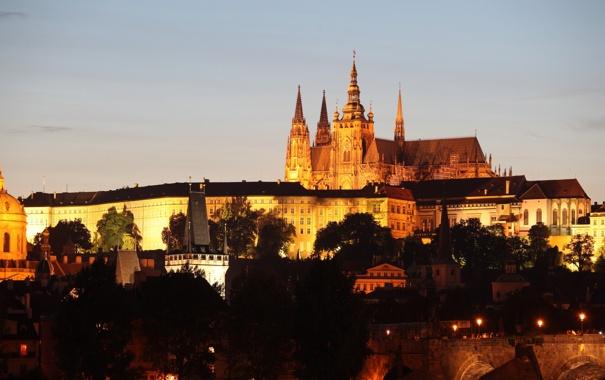 Фото обои небо, огни, замок, дома, вечер, Прага, Чехия