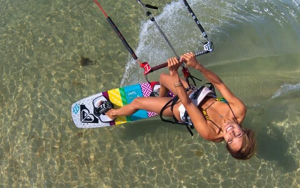 Фото обои море, девушка, отдых, настроения, лыжа