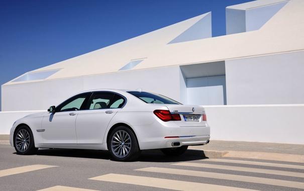 Фото обои Авто, Белый, BMW, Бумер, БМВ, День, Седан