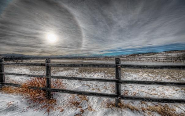Фото обои зима, поле, пейзаж, забор