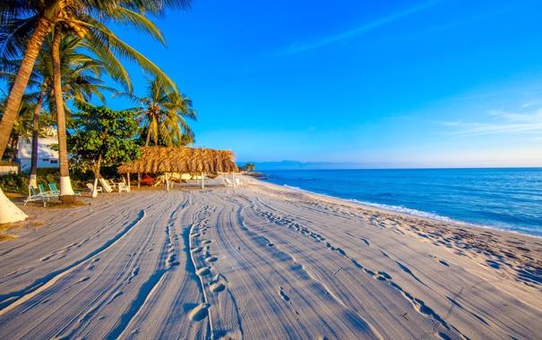 Фото обои песок, море, пляж, небо, горы, тропики, пальмы