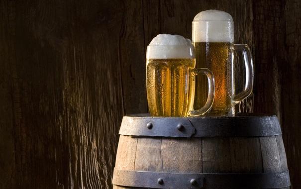 Фото обои пена, пиво, стаканы, напиток, бочка