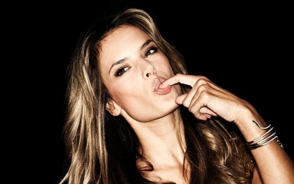 Фото обои Алессандра Амброзио, модель, секси, губы, девушка, глаза, волосы