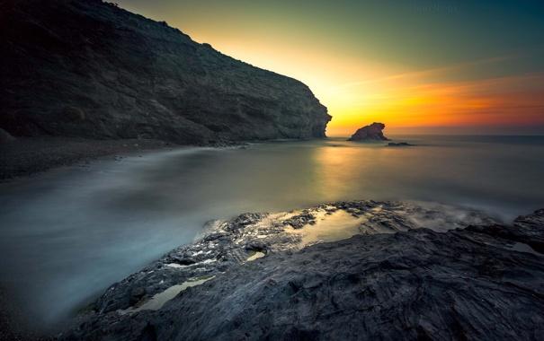 Фото обои пейзаж, камни, океан, скалы, рассвет, берег