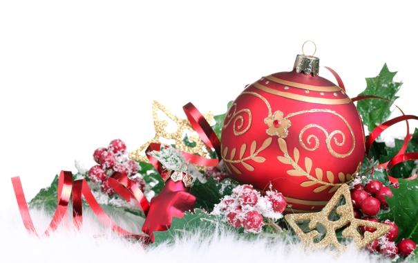 Фото обои листья, снег, ягоды, игрушки, новый год, шар, рождество