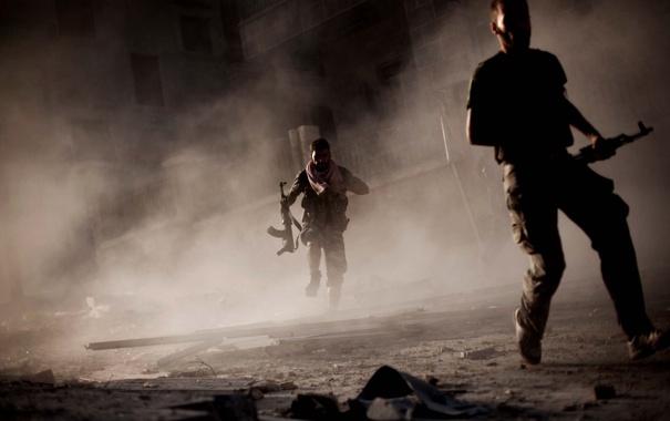 Фото обои война, дым, мужики, бегут, с автоматами