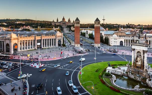 Фото обои дорога, движение, проспект, дома, Испания, улицы, Барселона