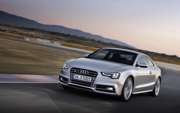 Фото обои Audi, Ауди, Машина, Капот, Фары, Передок, В Движении