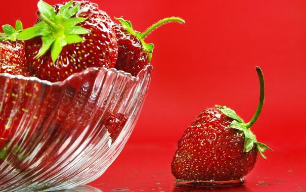 Фото обои фон, клубника, ягода, ваза, красная, спелая