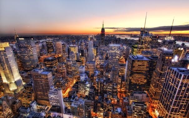 Фото обои небо, закат, огни, Нью-Йорк, горизонт, США, небоскрёбы
