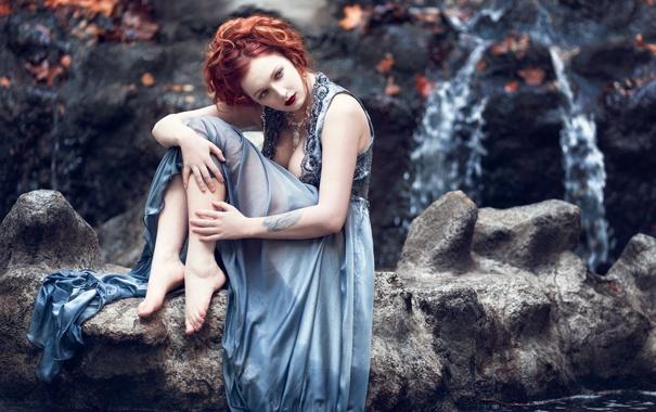 Фото обои грудь, глаза, листья, вода, скалы, женщина, волосы